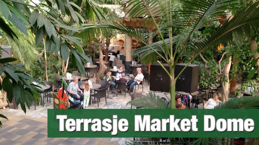Terrasje doen in de Market Dome